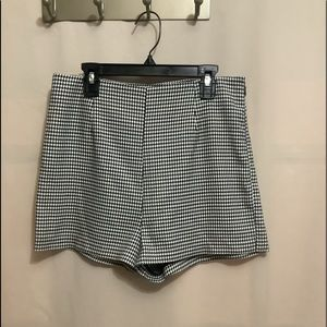 NWT Forever 21 houndstooth high waist shorts